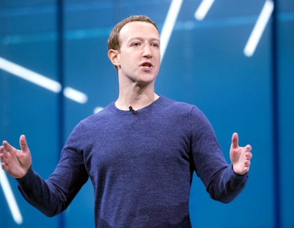 Zuckerberg Defends Messaging Encryption