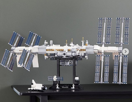 LEGO Creates an International Space Station Set