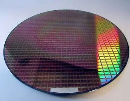 Samsung Begins Volume Production of 6-nm Chips