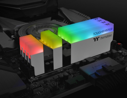 Thermaltake Launches TOUGHRAM DDR4 16GB 4400MHz Desktop Memory at CES2020