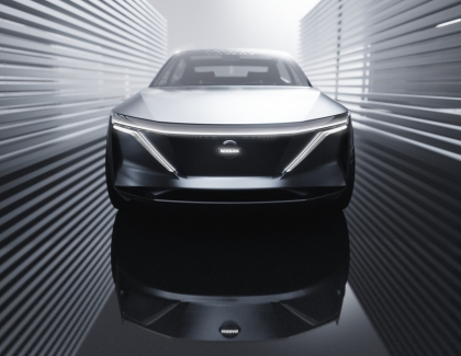 Nissan's New Mi EV Concept Has 380 Miles of Range