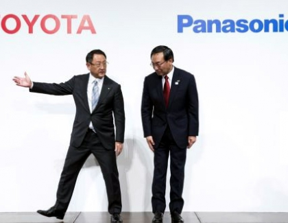 Toyota and Panasonic to Team up On Electric Car Batteries
