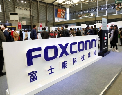 Hit by Apple Slowdown, Foxconn Cuts 50,000 Seasonal Jobs