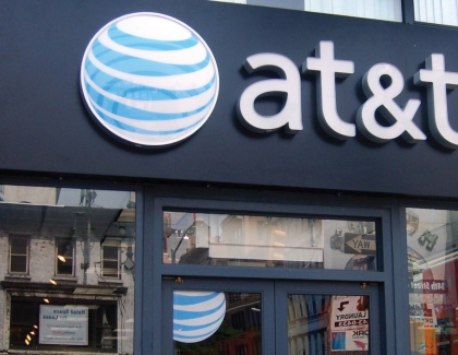 AT&T In Advanced Talks With Time Warner On Merger