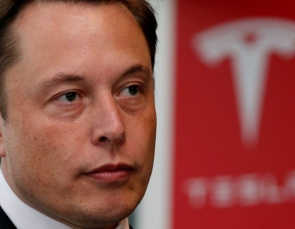 Elon Musk Reaches Settlement With SEC, Resigns as Chairman