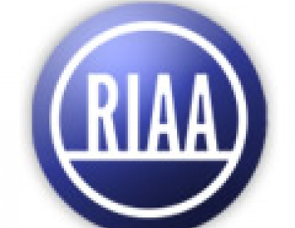 RIAA Says U.S. Music Business Remained Relatively Flat in 2014