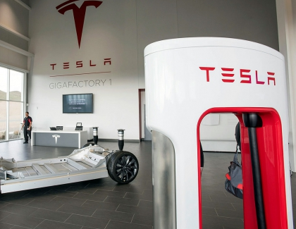 Tesla Moves Closer to China With $2 billion Shanghai Gigafactory