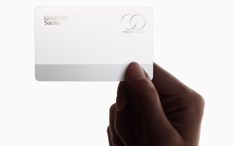 Apple, Goldman to Let Apple Card Holders Defer April Payments