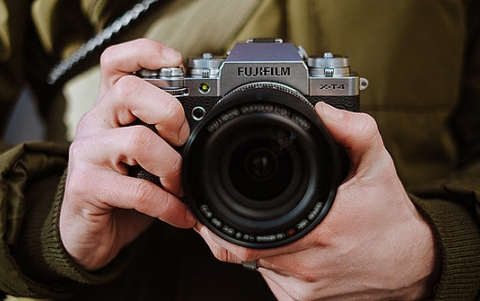 FUJIFILM Announces X-T4 Flagship APS-C Mirrorless Camera and the instax mini 11