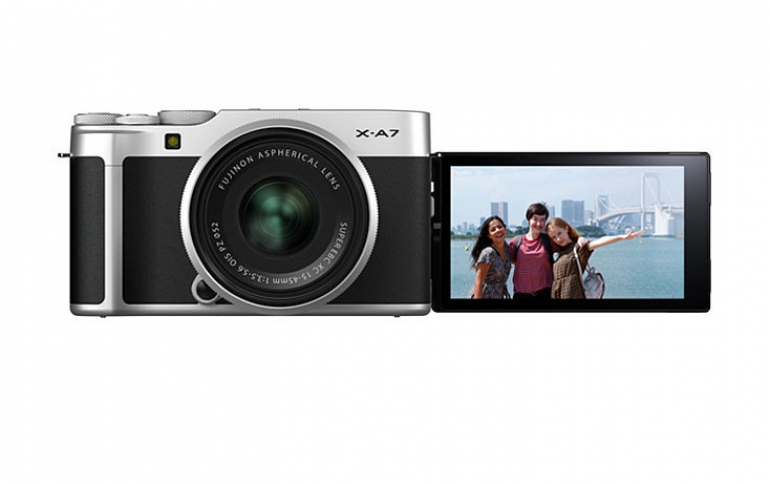 Fujifilm X-A7 Mirrorless Camera Comes With a Newly-developed Image Sensor