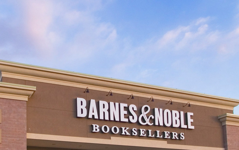 Barnes & Noble Introduces New NOOK GlowLight Plus eReader
