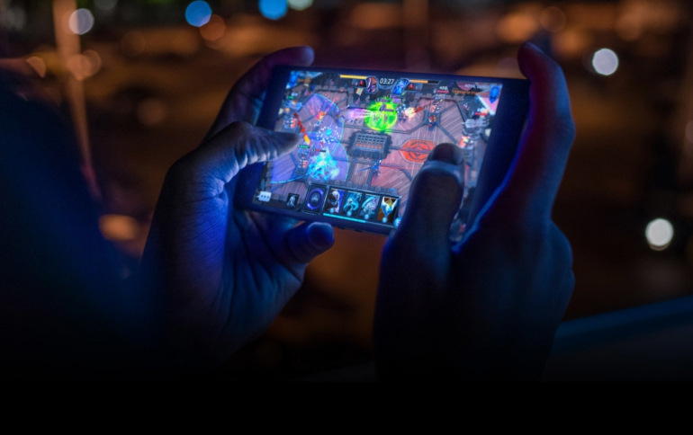 Razer Collaborates With Tencent on Mobile Gaming