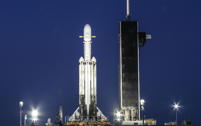 SpaceX Prepares For  Difficult Launch With Falcon Heavy Night Flight