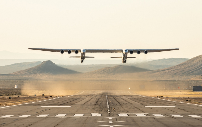 Paul Alen's Stratolaunch Massive Aircraft Completes First Flight