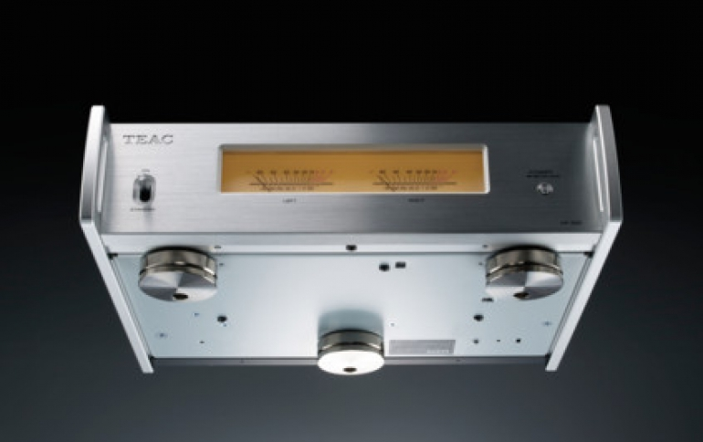 New TEAC Power Amplifier Offers a Sonic Impact From a Tiny Box