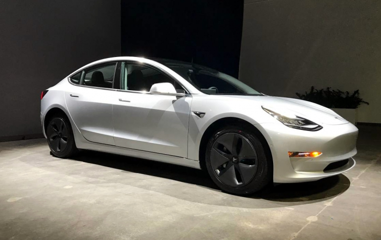 """Tesla to Offer a Model 3 to be """"Pwnd"""""""