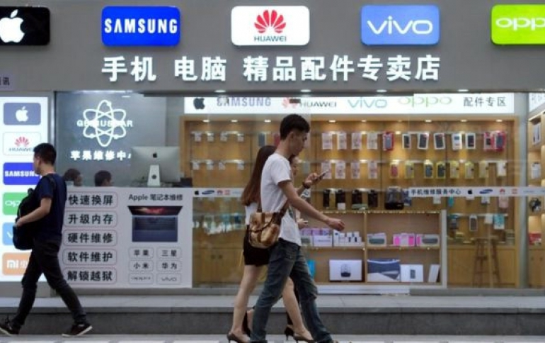 China's Smartphone Market Falls 14 Percent in 2018