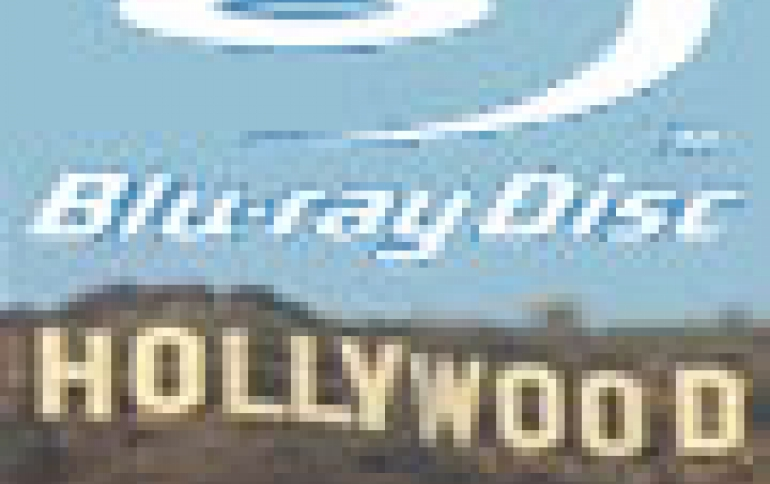 Hollywood Lined Up Behind Blu-Ray