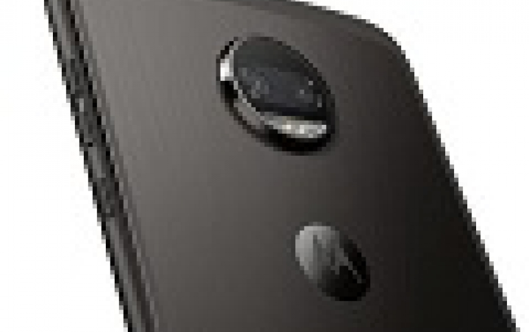 New Motorola Z2 Force Edition Comes With 360-degree Camera Mod