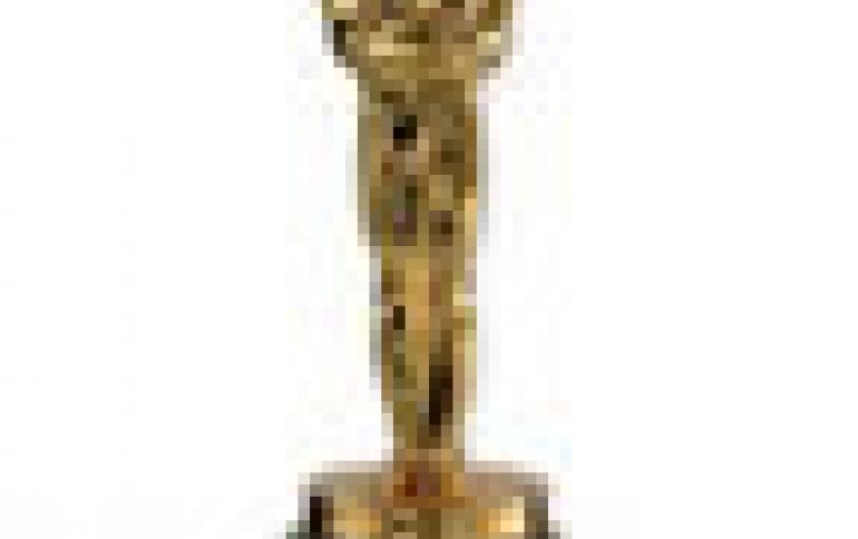 Hollywood Secures Oscar Screeners
